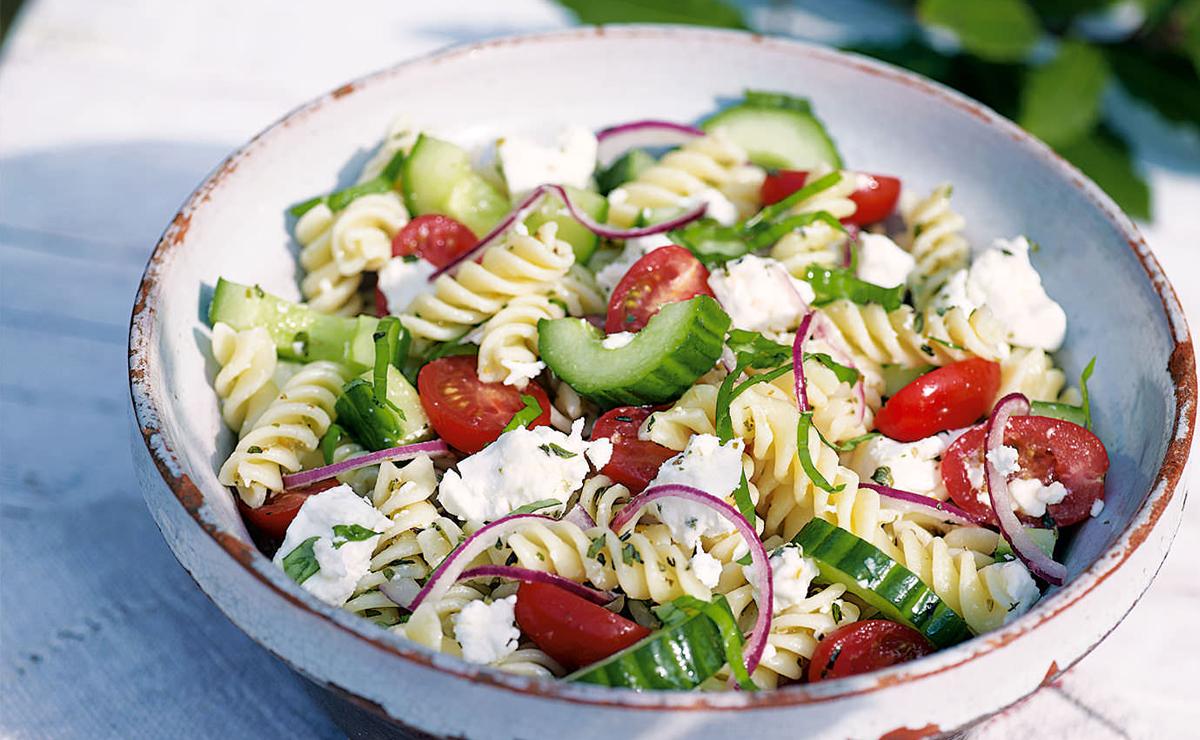5 recettes de salades de pâtes pour un buffet estival